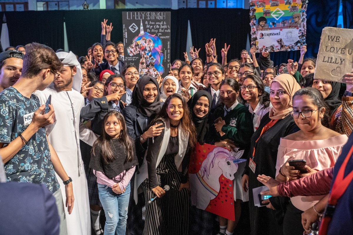 Missin' all this #GirlLove in the UAE right now! 🇦🇪❤️
