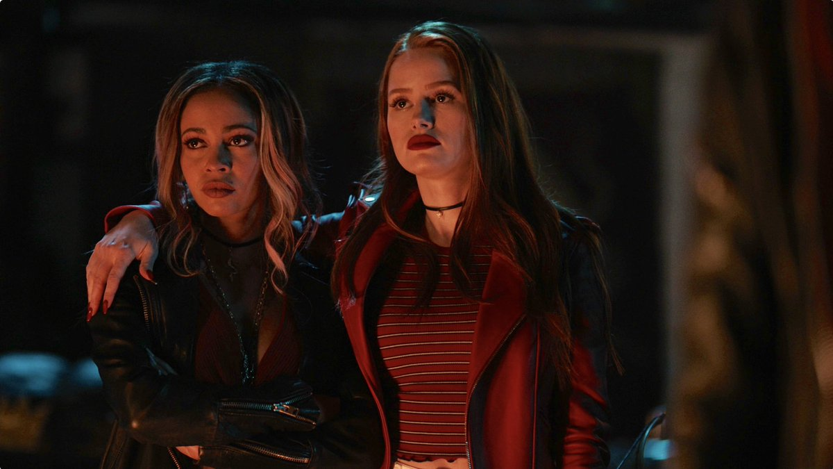 #Choni looking bad-ass on this week's #Riverdale, as well, and a surprise return, too... 🐍🔥💎🌪🕷👠👑