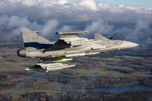 المقاتلة ساب جريبن SAAB Gripen E - صفحة 5 Dr61MzDVsAAolGH
