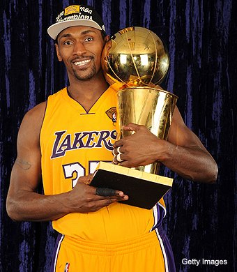 Happy 39th birthday to one of my favorite clients and a true champion, @MettaWorldPeace. I hope you have a great day! #teamISE #ISEBasketball