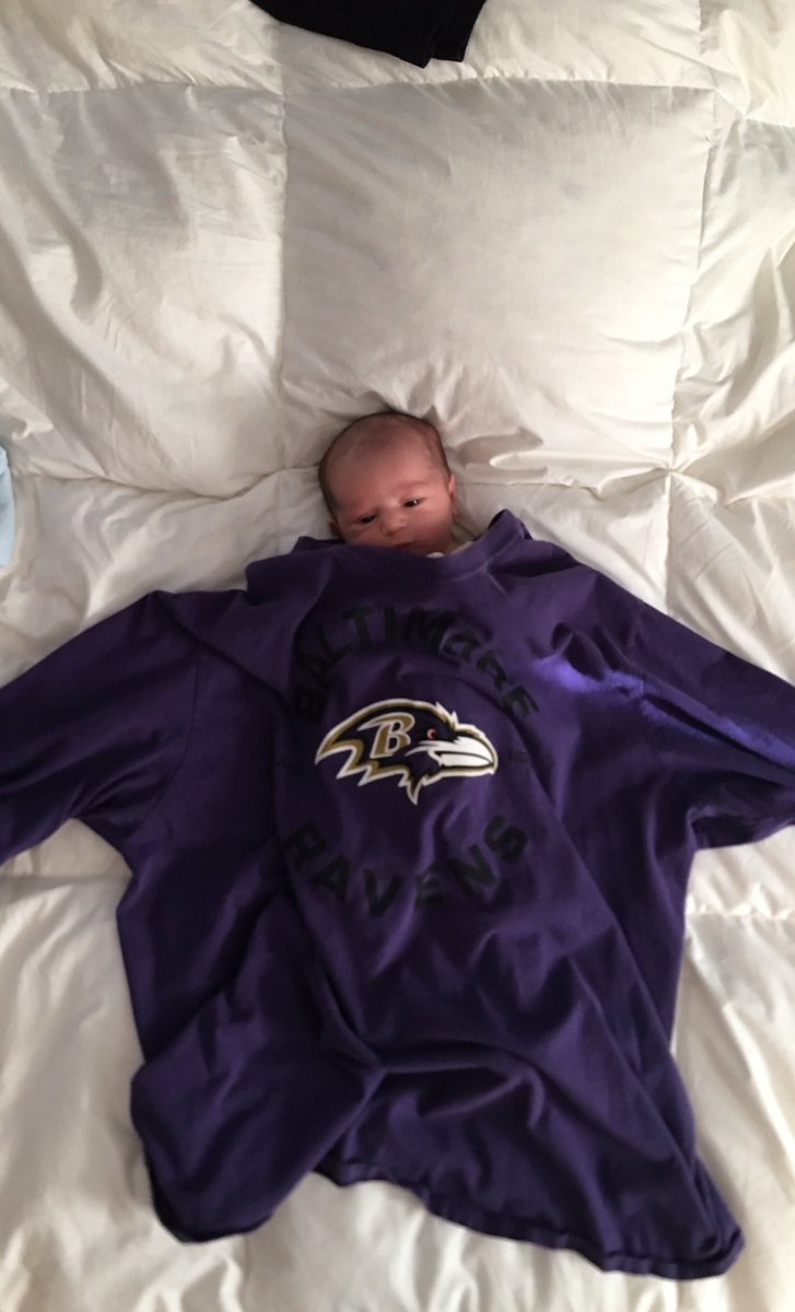My son is excited to grow into his dad's @Ravens shirt. <br>http://pic.twitter.com/ed4TuCMQz1