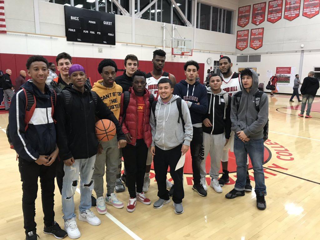 Revere Boys Basketball watching former Patriots @Marv23Urdaneta and Mass Joof tonight @BunkerHillCC #PatriotPridepic.twitter.com/pobsFfIJD5
