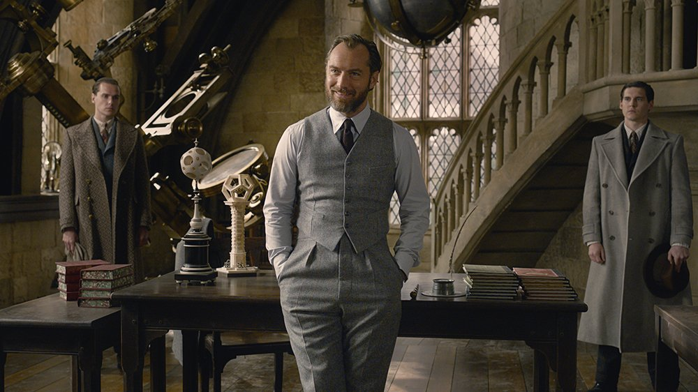 #FantasticBeasts2 could earn between $65 million and $75 million in its debut this weekend https://t.co/F80n2XDkgl https://t.co/TP00VlE2F0