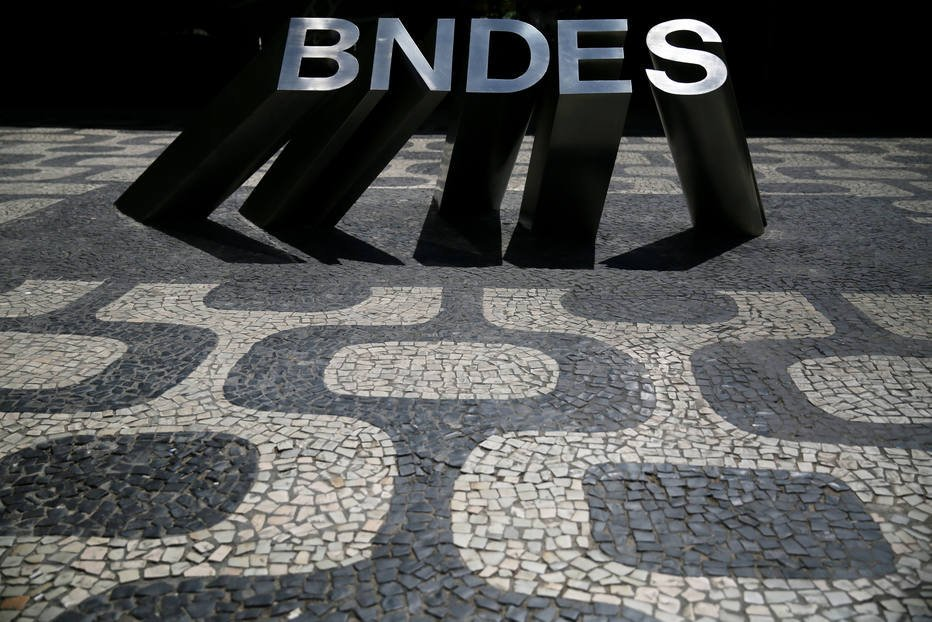 > Ve@EstadaoEconomianezuela, Moçambique e Cuba devem R$ 1,8 bi em pagamentos atrasados ao BNDES https://t.co/lGaXusHNnx