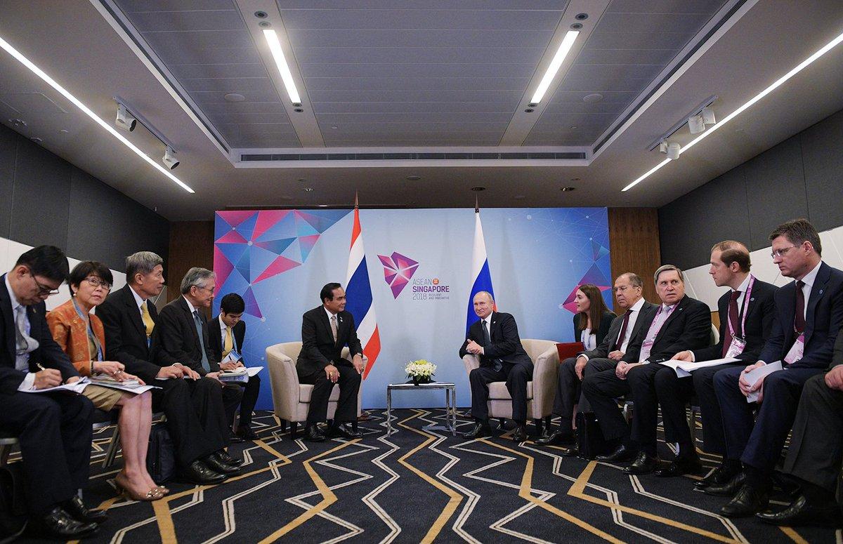 #Singapore: Vladimir Putin had a meeting with Prime Minister of Thailand Prayut Chan-o-cha bit.ly/2RPUuiI