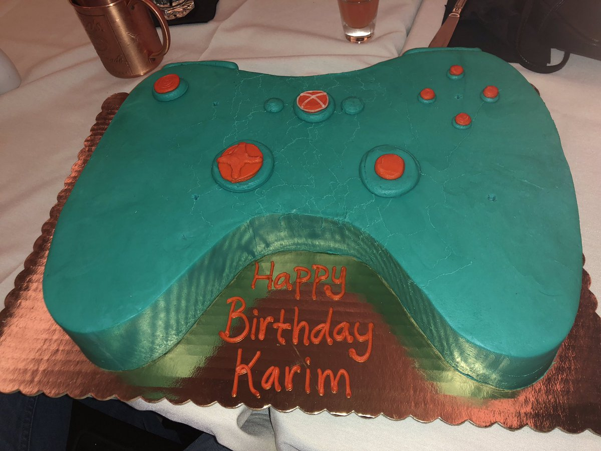 Karim S Fernandes On Twitter Hows This For A Birthday Cake Xbox