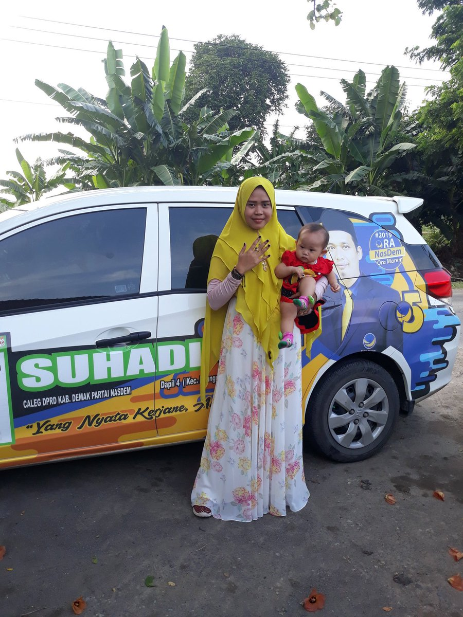 NasDem nomer limo Suhadi nomer songo Ojo pilih liyo liyo Suhadi wes kerjo nyoto @NasDem  @rerieLmoerdijat
