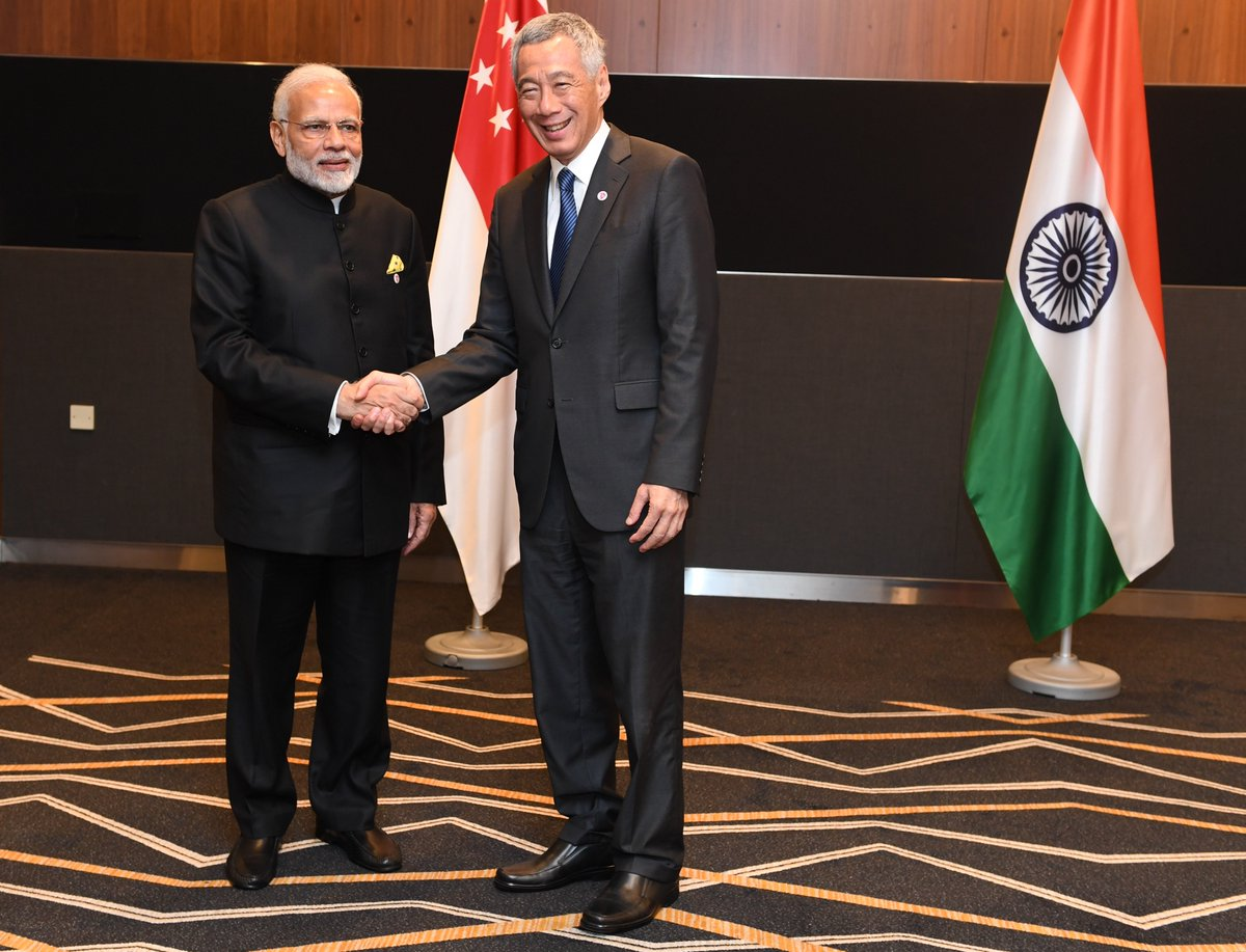 Happy to have met PM @leehsienloong in Singapore.   We had fruitful talks on deeper India-Singapore friendship as well as how India-ASEAN relations contribute to peace and prosperity in the region.