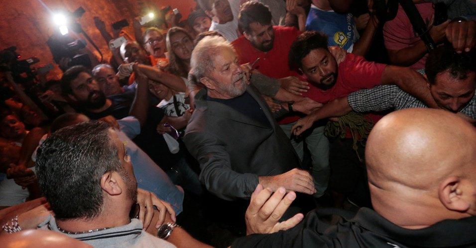 Deixará sede da PF pela 1ª vez | Lula depõe hoje a substituta de Moro no processo sobre sítio https://t.co/riHMvoIY7o