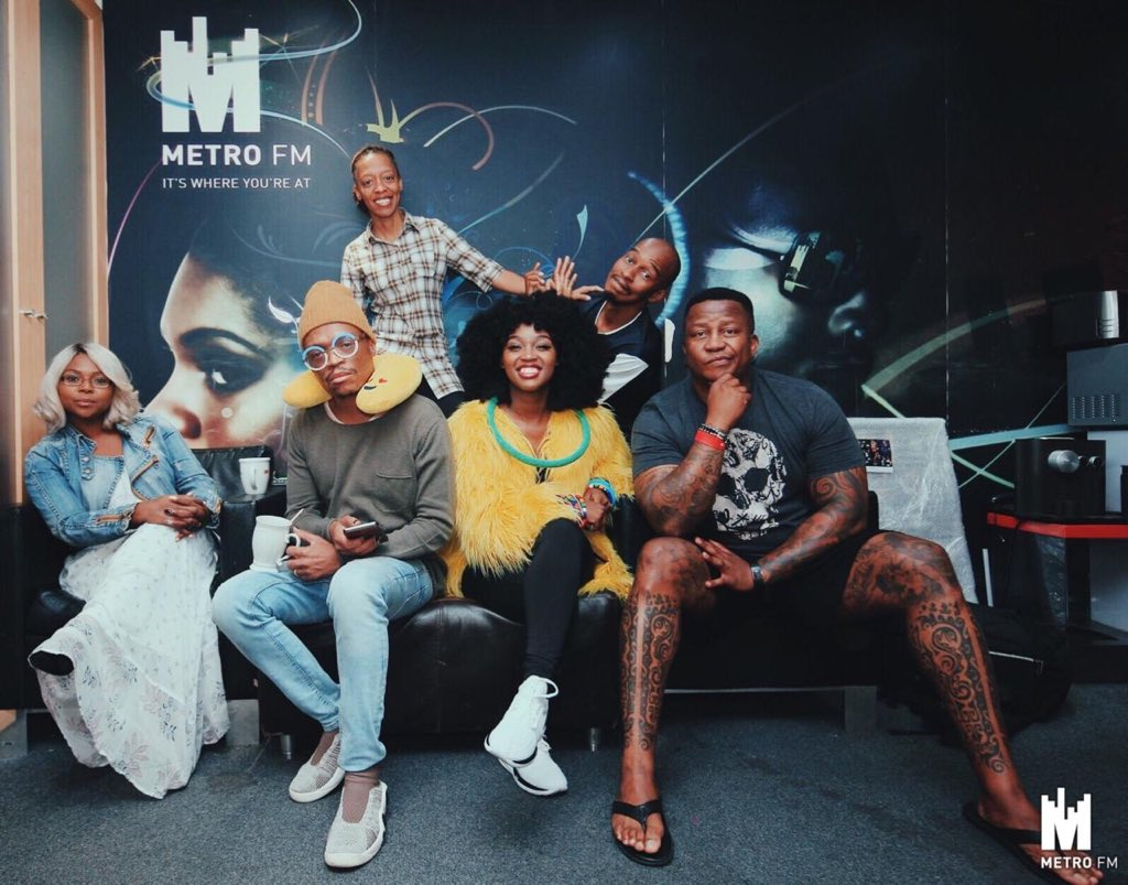 We hope you loved @nelisiwe_sibiya on the Fresh Breakfast this morning! She hung out with @DJFreshSA @somizi @AngieKhumalo @M_Letsholonyane and of course @Fentselite_ made it possible! Check out #MamaKaBafana on the internets
