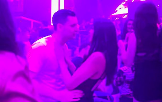Vicky Pattison's fiancé John Noble caught cosying up to two other women https://t.co/jkR0oBApwe