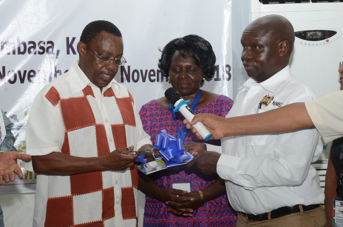 download Masaje : guía práctica para la solución de