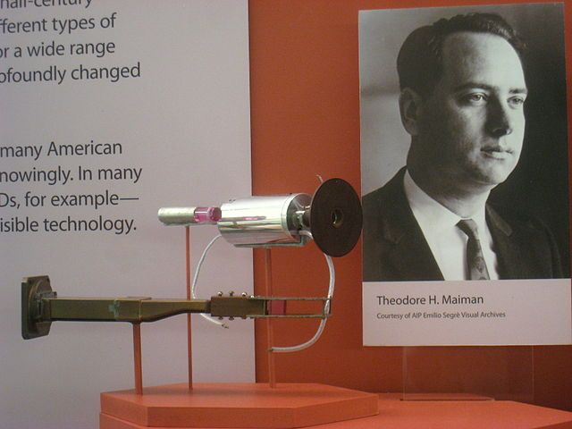 #OTD 1967, the US Patent Office granted a patent to Theodore Maiman of Hughes Research Laboratories for the optical laser #histSTM<br>http://pic.twitter.com/7Sei849QEh