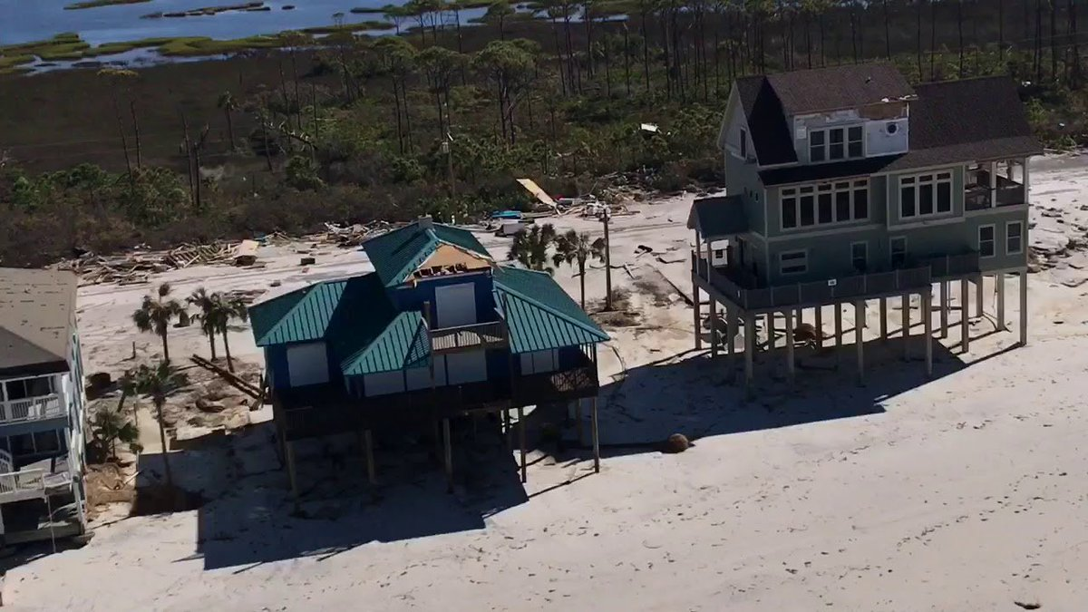 NEW chopper footage of Hurricane Michael damaging storm surge south of Mexico Beach, FL  http:// buz.tw/1erL2  &nbsp;  <br>http://pic.twitter.com/WrTFp3mHmx