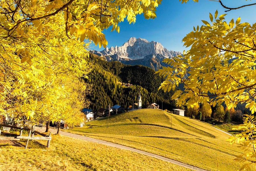 RT @NicoloMiana: Monte Civetta in autunno, ottobre...