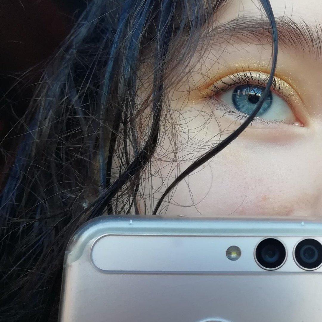 будем как красиво сфотографировать глаза решили, что так