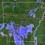 Image for the Tweet beginning: Arkansas radar/temps at 5:00 AM