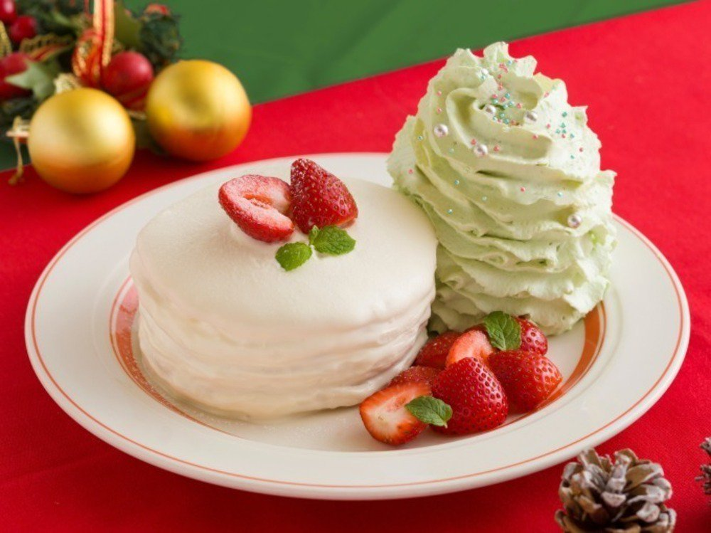 """エッグスンシングス、""""ショートケーキ""""がモチーフのクリスマス限定パンケーキ - https://t.co/lSe2JFNHp4"""