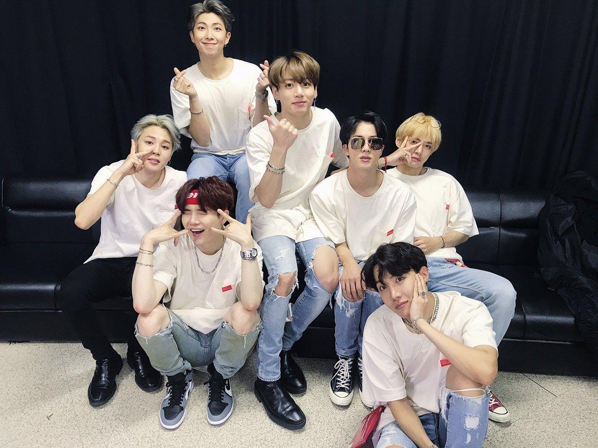 #BTS WORLD STUDIO 'LOVE YOURSELF' ~JAPAN EDITION~ 東京ドーム2日目!今日も幸せにしてくれてあざっす♪これから僕たちがもっとハッピーにしてあげますね〜ムラサキするよ💜