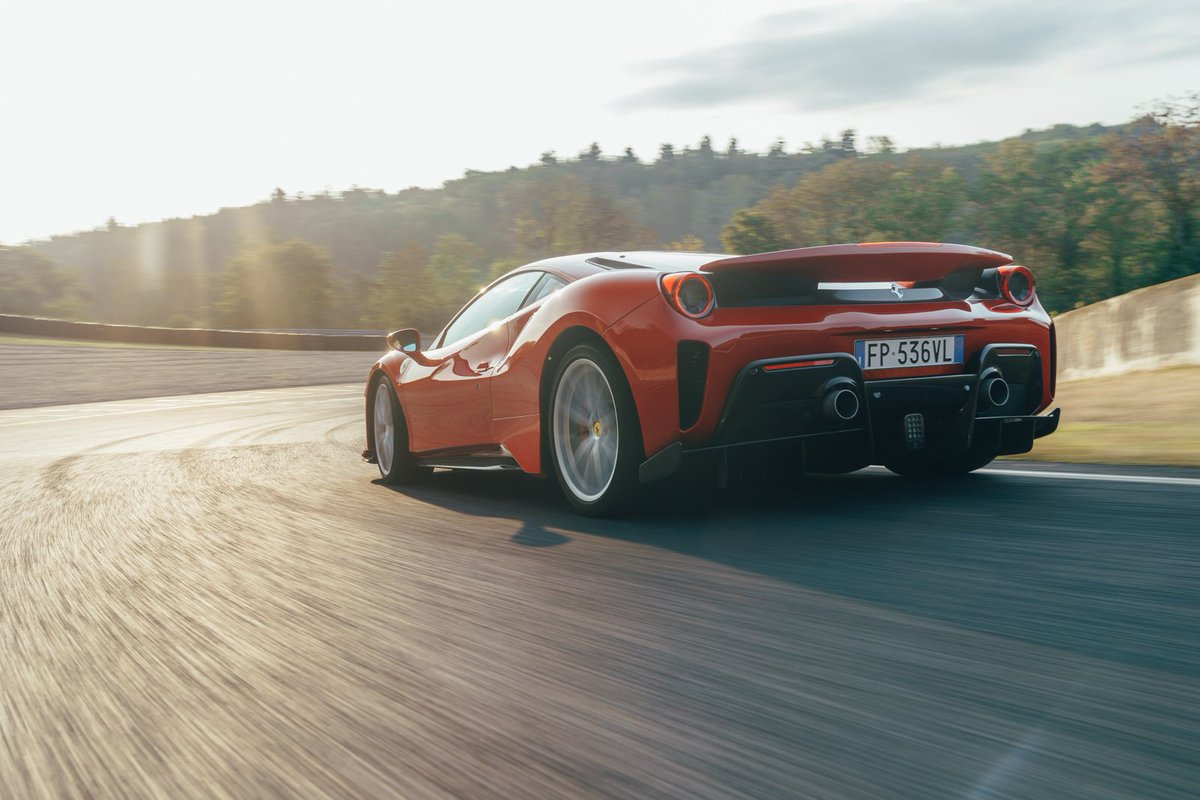Car Magazine On Twitter On Days Like These The Ferrari 488