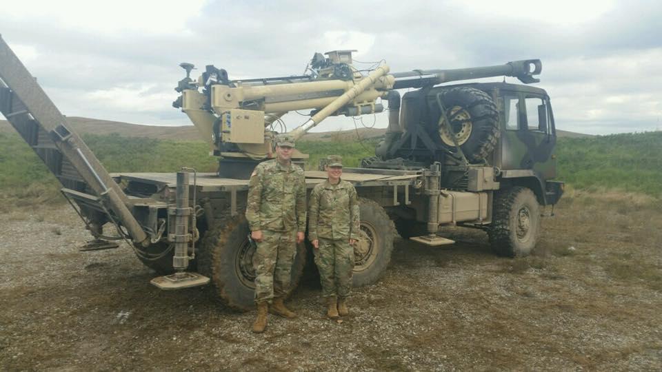 الجيش الامريكي يكشف عن مدفع Brutus الهاوتزر جديد عيار 155 ملم محمول على ظهر شاحنه  DrAPb9gXcAAnASt