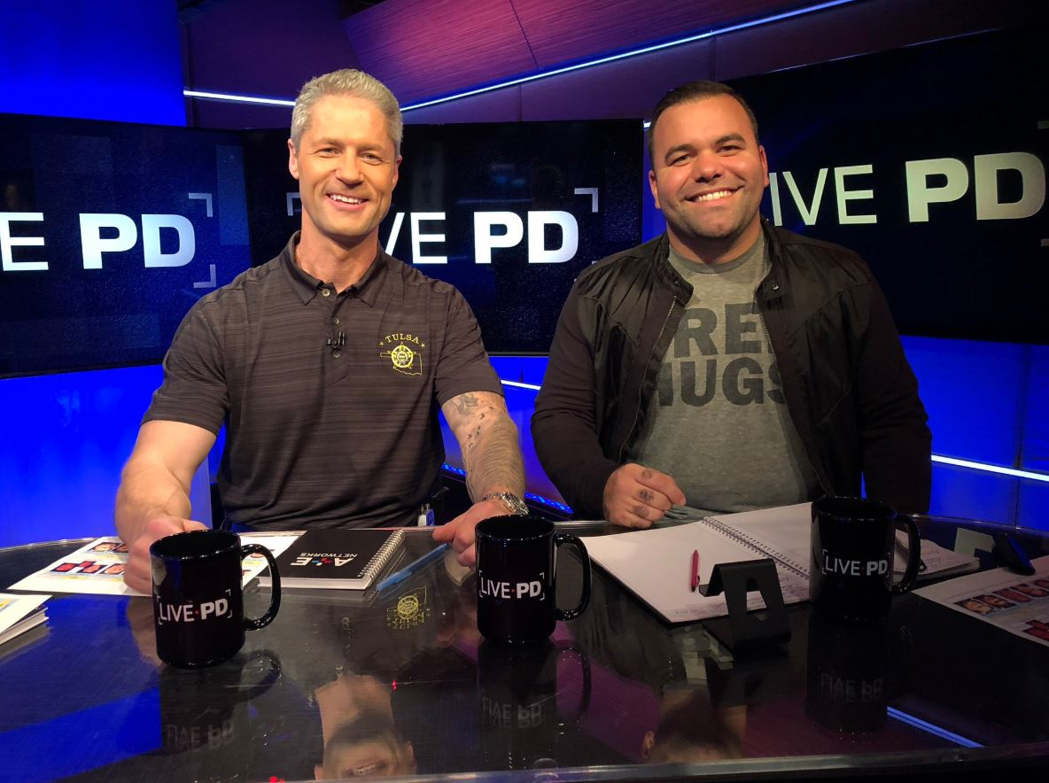 We've got a special surprise for all of you! Deputy Ramos will be stopping by the #LivePD studio tonight!!!In honor of his visit we are going to do an extra giveaway! Get this post to 1,000 RTs by the end of tonight's episode for a chance to win a new PSO hoodie!