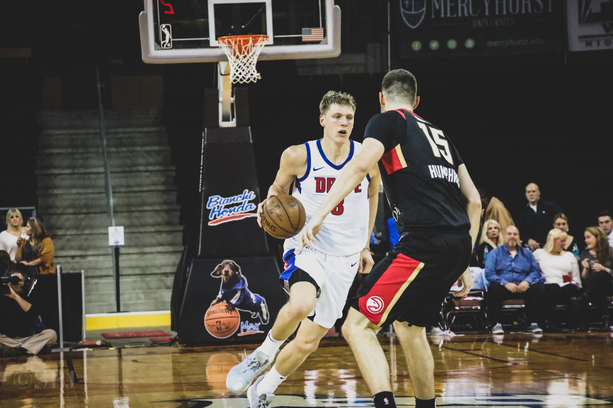 .@DetroitPistons assignees @HenryEllenson13 (19 points & 11 rebounds) and @Khyri_2 (22 points) both had solid performances tonight in Erie. #WeAreGR