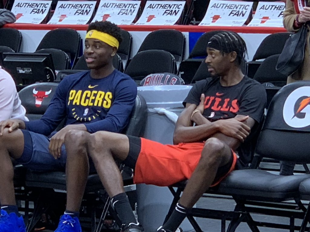 Brothers. They played against each other in the pre-season. Now it counts. @The_4th_Holiday and the #Pacers visit Justin Holiday and the Bulls. Have it on @FSIndiana with pre-game show at 7:30.