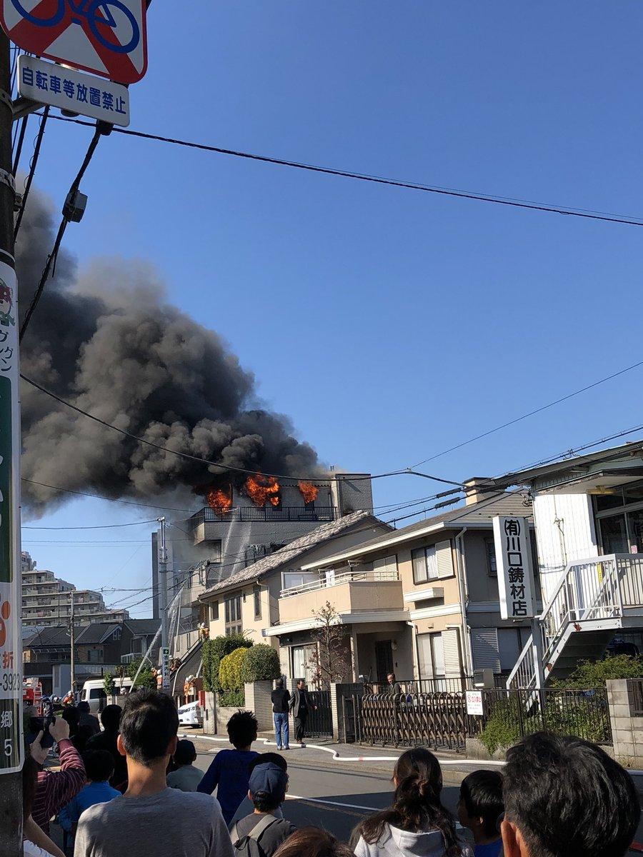 川口市元郷で火事の現場画像
