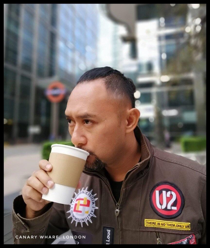 Last week. A sip before worship. @U2 #u2eitour2018 #london1
