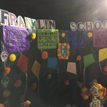 Image for the Tweet beginning: Beautiful display! Thank you, parents!!