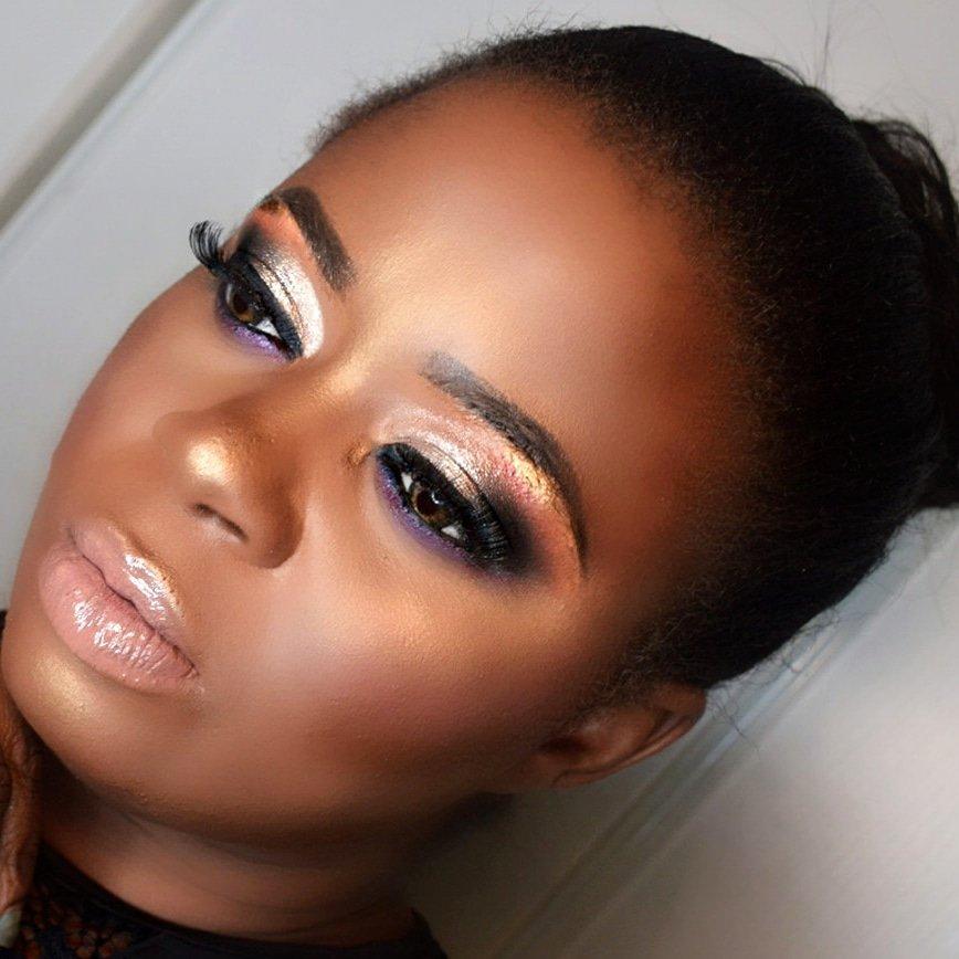 . . . #makeupforblackwoman  #maquillagepeaunoire  #maquillageyeux   #muadefrance  #makeupslave   #fullcolor  #Younique  #avantgardemakeup   #underratedmuas  #colorfulmakeup  #pictorial  #cutecrease  #makeup  #maquillagepeauxnoires