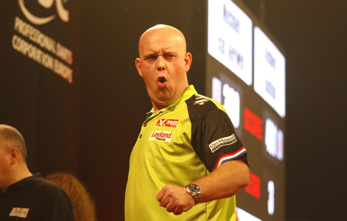 Ready to go again... tonight I play Damon Heta in the World Series of Darts finals second round.