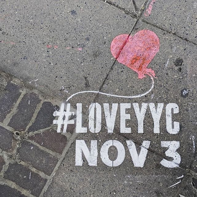 Happy #LoveYYC Day, Calgary! ♥  Today, we celebrate all that is awesome about our city. To help you out, we've created a guide of one-day only events & deals to check out around the city: https://t.co/en9AeCStEb  📷 https://t.co/URBGQVPEjb   #capturecalgary