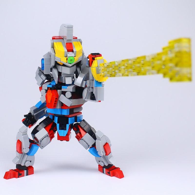小さいレゴブロックでグリッドマンが作られています!すごいwww
