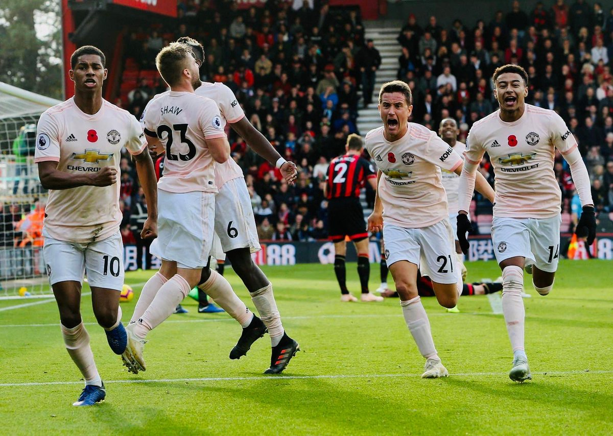 We never stop pushing, important 3 points! #MUFC
