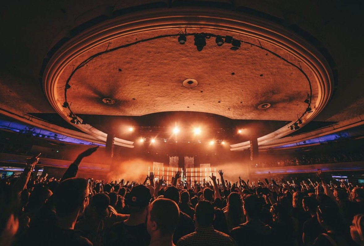 Live from the space station last night. @thepalladium @OutbreakPresnts  #posttraumatictour  ��:@goodguychady https://t.co/LHb8oUbfle