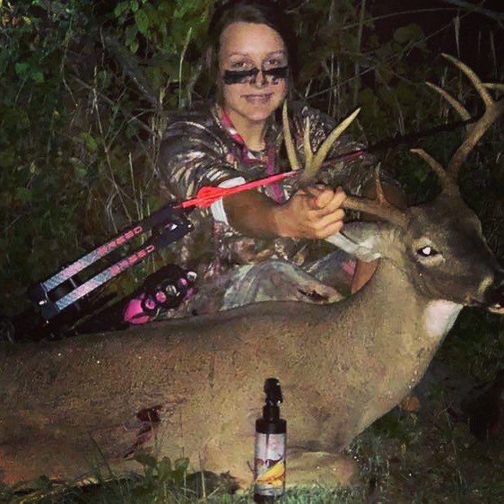 Lexi Smith got her target buck with @red_arrow_scents Doeliscious in her scrape and Killer Korn in her #scentblaster! Congrats!! #deerhunting #deer #bowhunting #bowhunter #archery #hunter #getmorescentout #attractmoregame