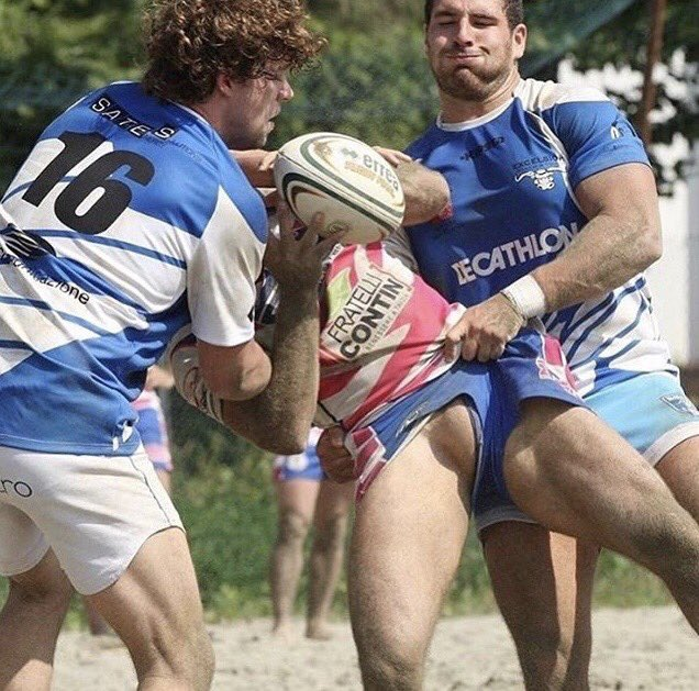 French rugby players caught naked in locker room