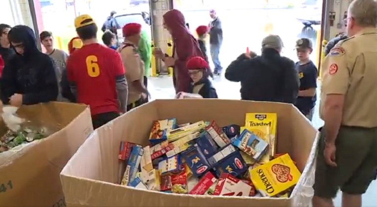 Thousands of boy scouts spent the day collecting donations for the RI Community Food Bank.  Watch @JulianneLimaTV report right now on http://wpri.com  https://www.wpri.com/news/local-news/scouting-for-food-donations-collected-saturday/1571039870 …