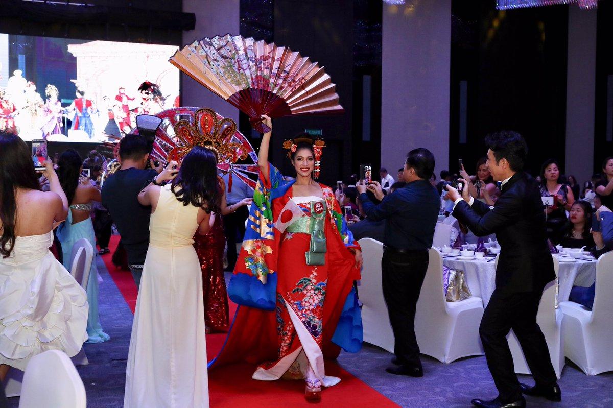 世界大会のトラディショナルコスチュームは着物デザイナーの友人や裁縫上手な友人に相談しながら、デザインも一から作った私の力作💖#ナショナルコスチューム #世界大会3位 #ハンドメイド #着物ドレス