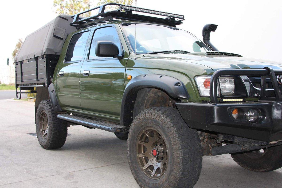 Ocam 4x4 Accessories On Twitter Kut Snake Flares For Toyota Hilux 106 167 Https T Co Cauljkonsx