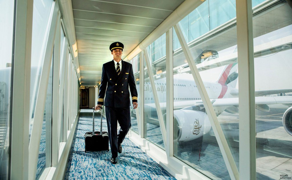 Dubai's Emirates is looking for pilots, crew