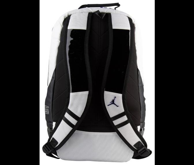 b77158b3c76 Jordan Retro 11 Backpack 'Concord' is now available via Eastbay =>  http://bit.ly/2QiScZj pic.twitter.com/OWdcKk84yJ