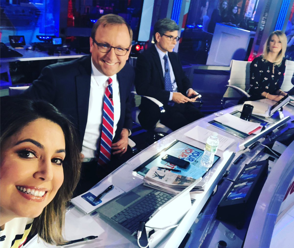 The gang's all here for @ThisWeekABC— @jonkarl @MarthaRaddatz @GStephanopoulos