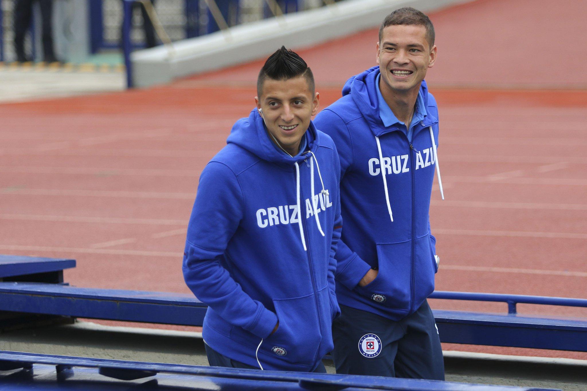 Cruz Azul vence 1-2 a los Pumas en la F15
