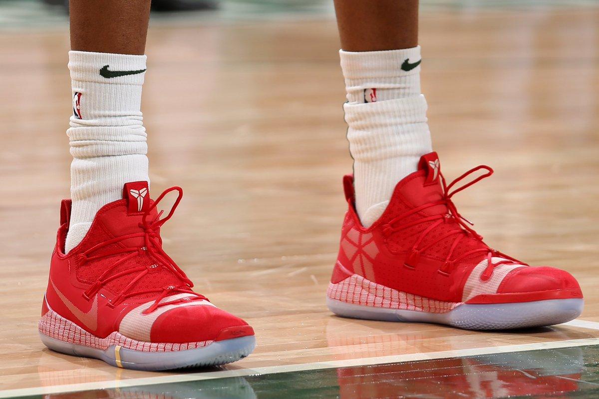 Giannis_An34 wearing the Nike Kobe A.D.