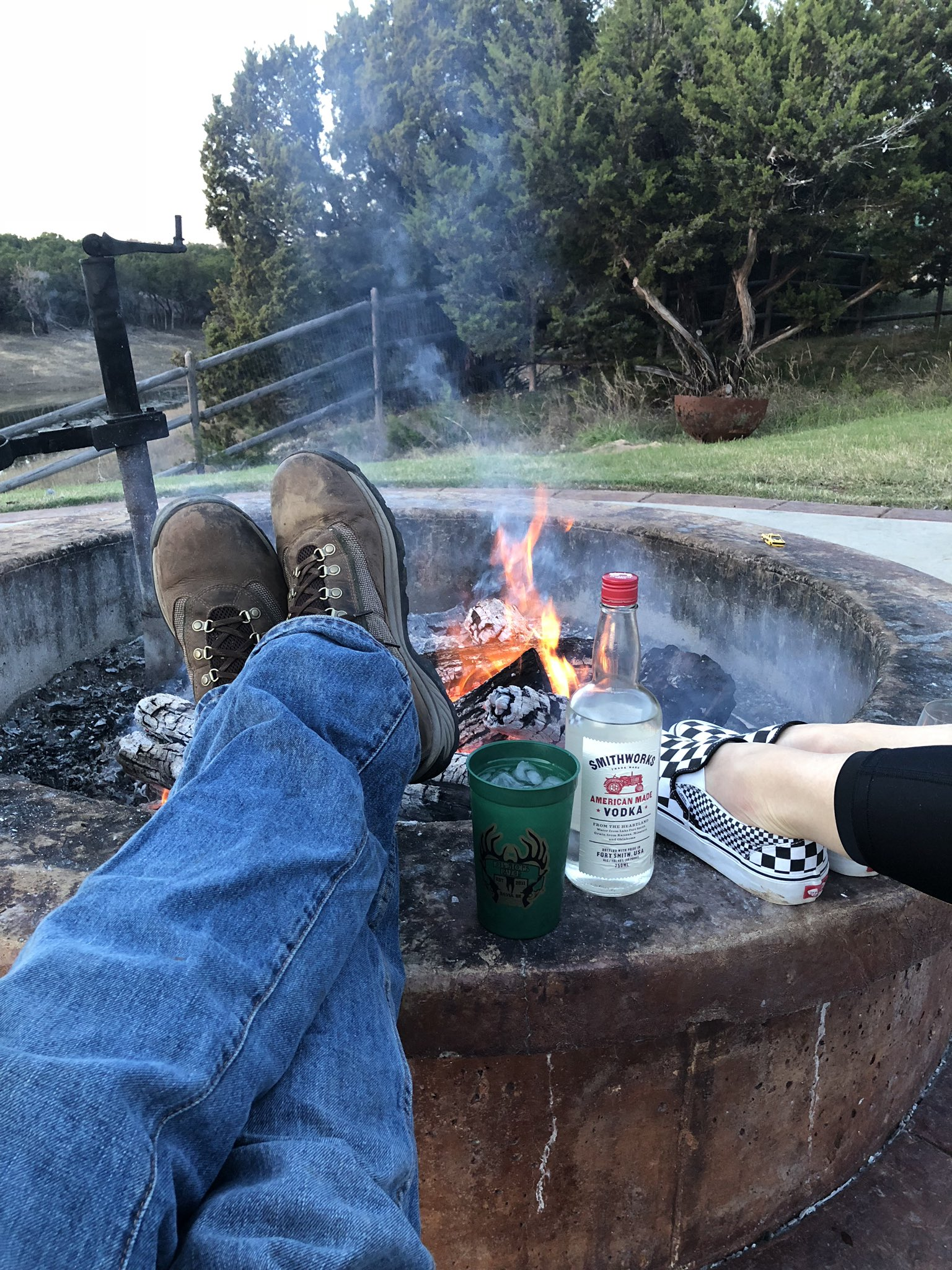 My god I love fall... And @SmithworksVodka.. And the girl in those checkered shoes.. https://t.co/H2Et0yACMt