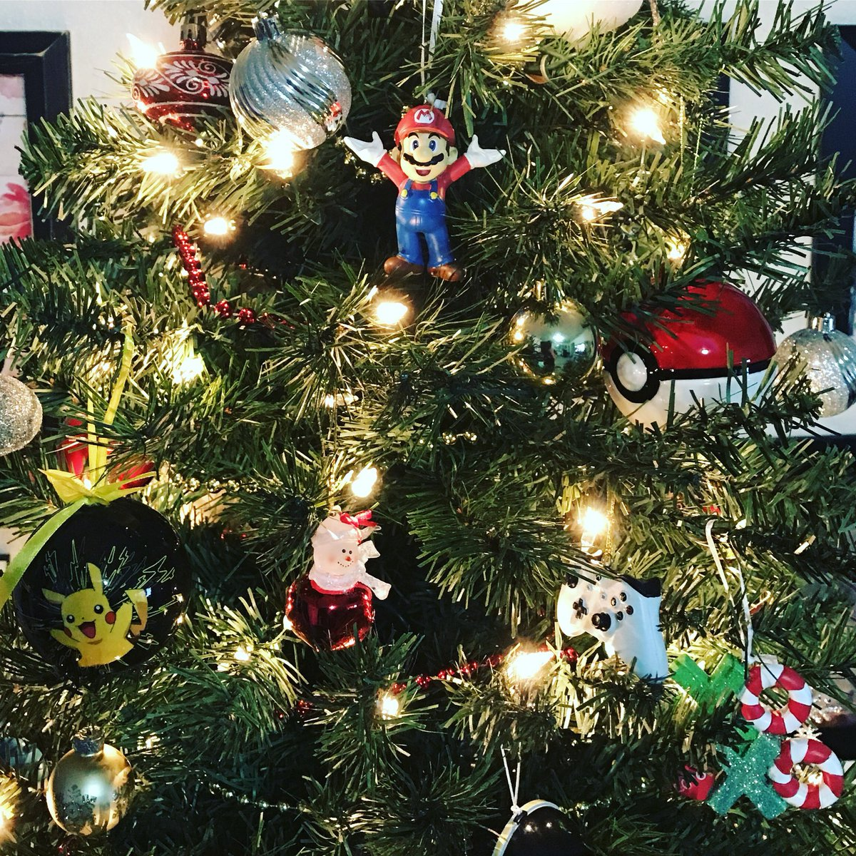 nerdchristmastree hashtag on Twitter