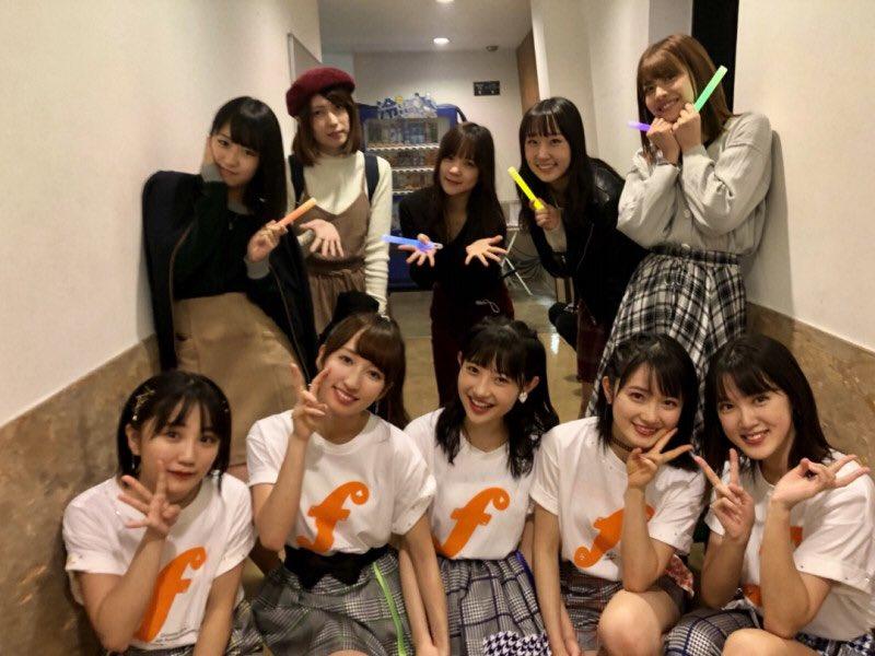 カントリーと一緒に写真を撮った稲場愛香さん急激にげっそりする!!!!!!!!!!!!!!!!!!!
